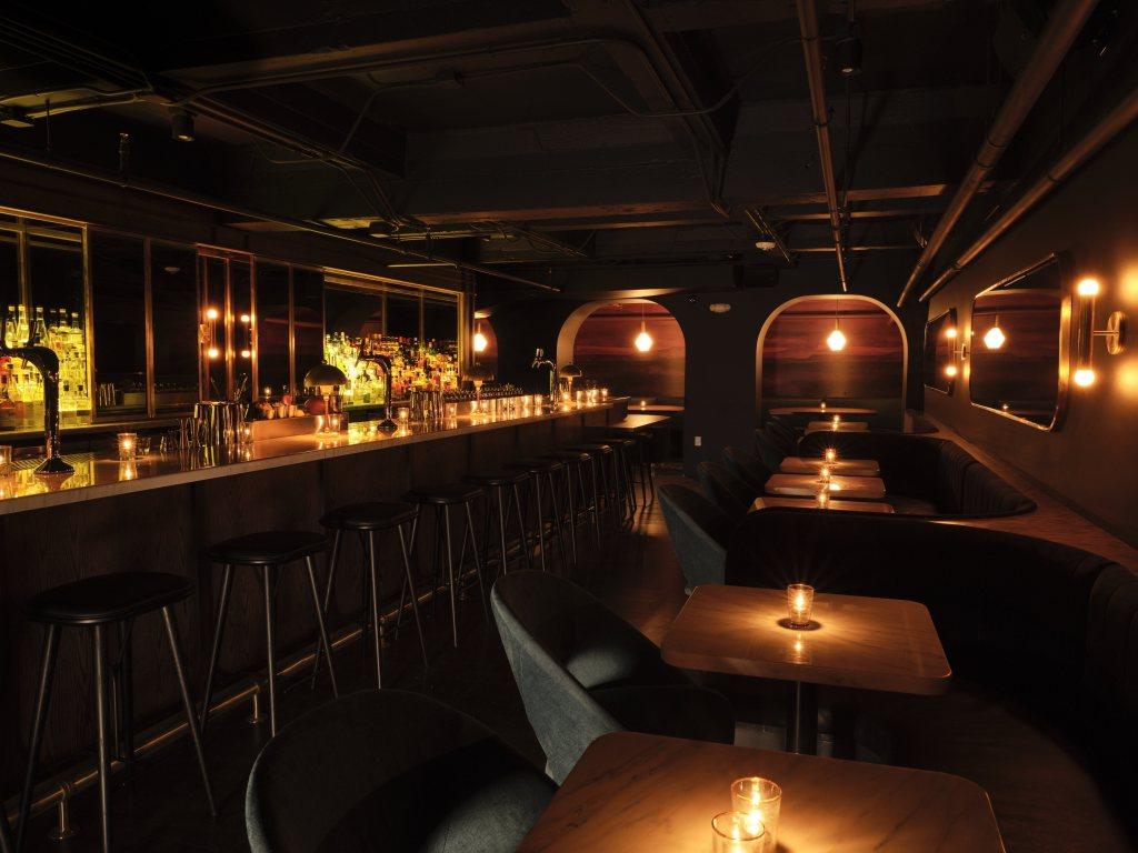Bar_interiors_2840.jpg