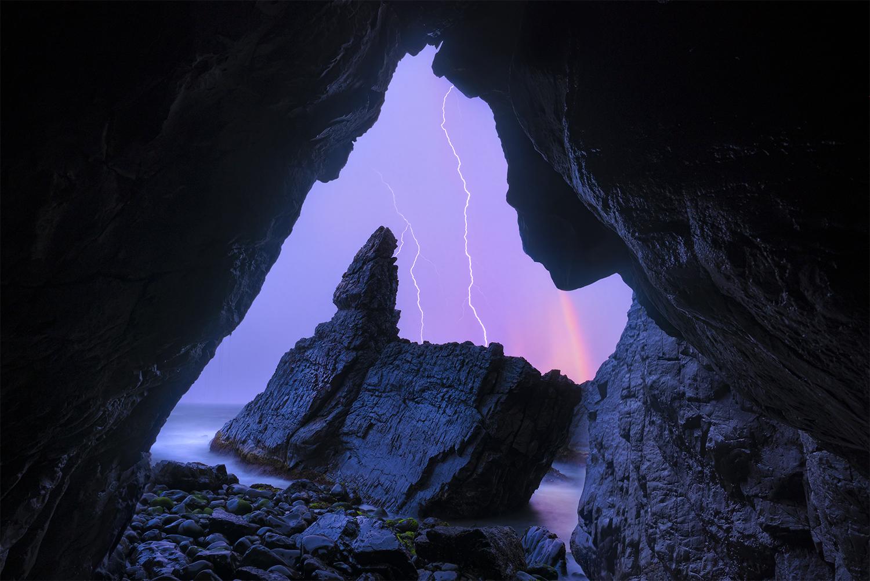Crescent_Head_Sea_Cave_NSW_WilliamPatino-copy.jpg