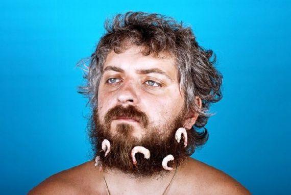 eating-with-beard05.jpg