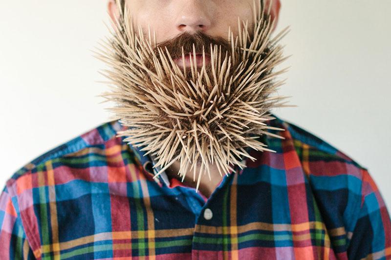 guy-sticks-random-things-in-his-beard-instagram-tumblr-41.jpg