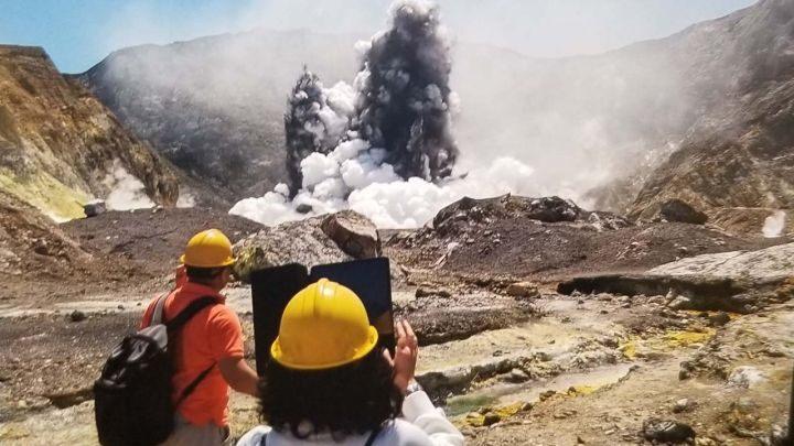 volcano-NZ-Urey-photo-copy.jpg
